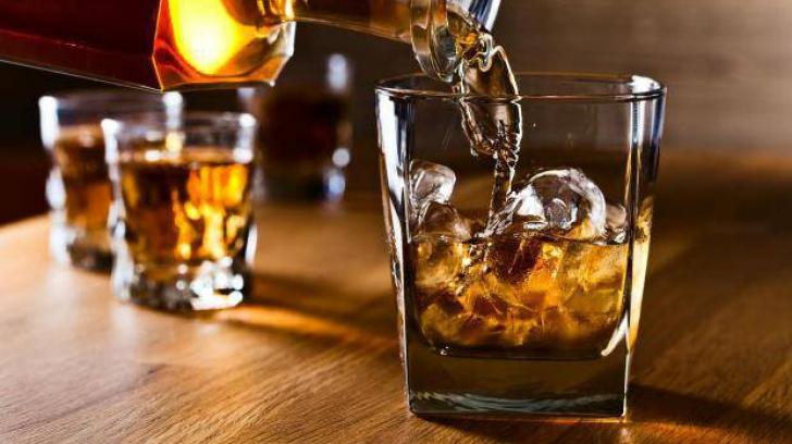 Cum recunoşti o sticlă de whisky... contrafăcut