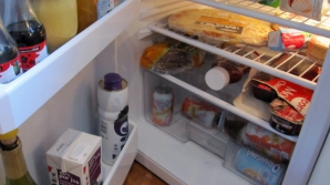 Otrava din frigider. Milioane de români consumă zilnic acest produs banal