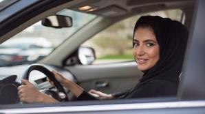 Arabia Saudită a început să elibereze permise de conducere femeilor