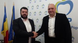 Doi senatori au plecat de la PMP la ALDE