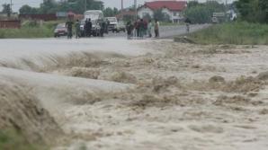 COD GALBEN de inundaţii pe râuri din opt judeţe