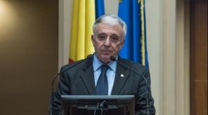 """Isărescu: """"Nici măcar nu ne-a trecut prin cap să jucăm aurul României la păcănele"""""""