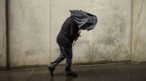 Alertă meteo de furtuni în ţară! Cod galben de vijelii şi grindină