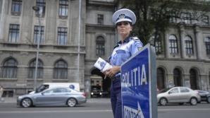 O poliţistă de la Rutieră, lovită de o maşină care a trecut pe ROŞU în Capitală