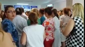 Protest spontan la Spitalul Județean din Piteşti