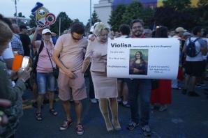 Protest #Rezist, duminică seara, în Piața Victoriei