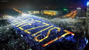 Protestatarii #rezist anunţă un protest în Piaţa Victoriei, în acelaşi timp cu cel organizat de PSD