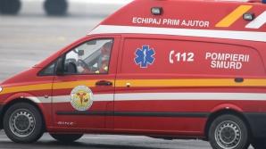 Şase persoane rănite într-un accident rutier. Ciocnire violentă între un microbuz şi un autoturism