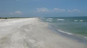 Parchetul militar va cerceta împrejurările în care a murit militarul adus de valuri pe plaja Vadu