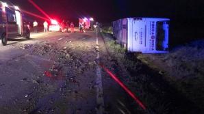 Accident grav în Constanţa: Un autocar cu 60 de persoane, între care 49 de copii, s-a răsturnat