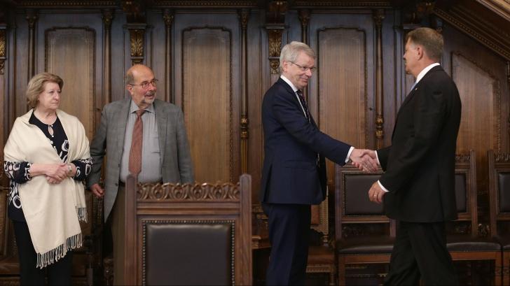 Klaus Iohannis, despre motivarea CCR: PSD încearcă să amputeze puterile preşedintelui!