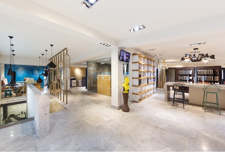 PIATRAONLINE – cel mai mare showroom din Romania