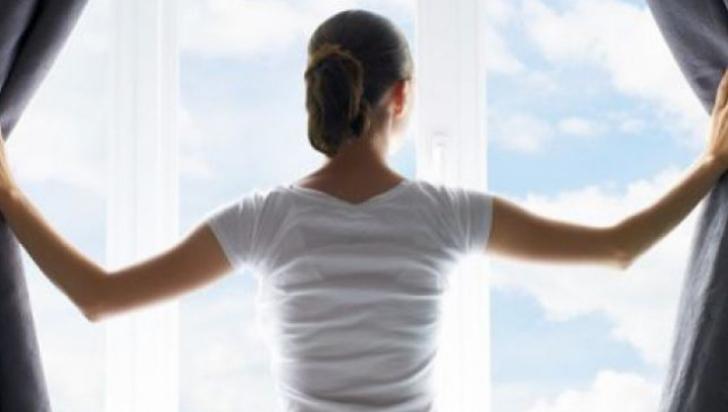 Cum să îţi răcoreşti instant casa fără aer condiţionat