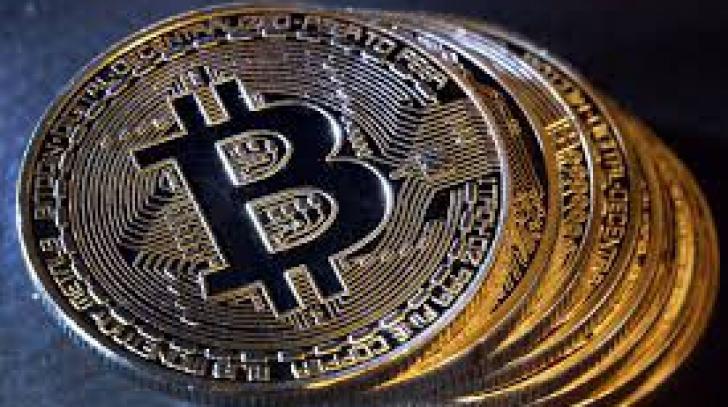 Bitcoin, în cădere liberă. La ce nivel a ajuns criptomoneda