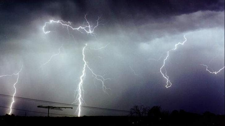 COD ROȘU de furtuni, primul din istoria României