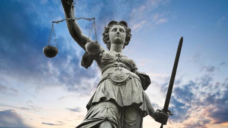 Magistraţii cer CSM să apere independenţa justiţiei