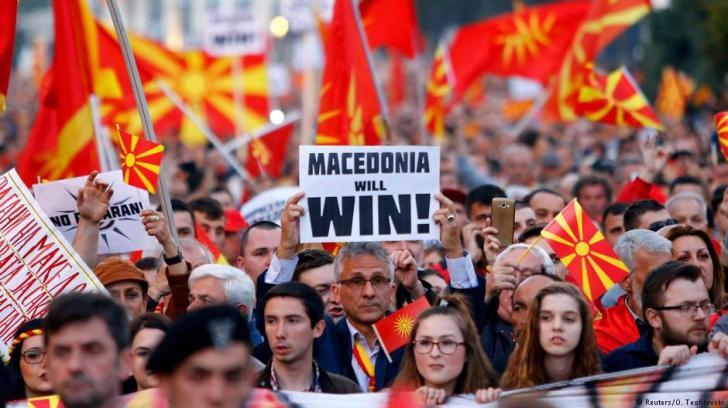 Acordul istoric pentru numele Macedoniei, contestat vehement la Atena și Skopje