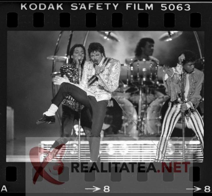 Imagine rara cu Michael Jackson, scanata de pe negativul original