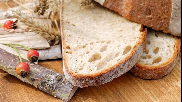 Ce înseamnă micile găuri din unele felii de pâine