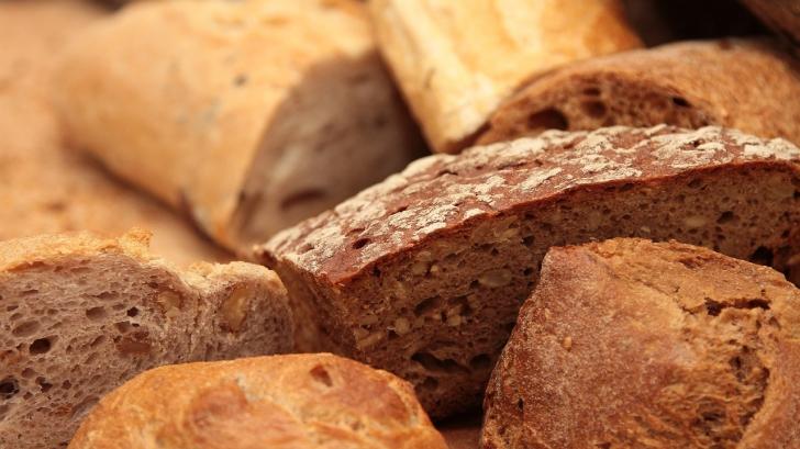 Cu ce ar trebui să mănânci pâinea pentru a slăbi
