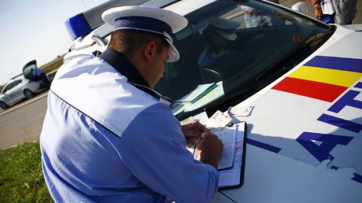 Peste 400 de permise de conducere suspendate şi amenzi uriaşe în prima zi a minivacanţei de 1 Iunie