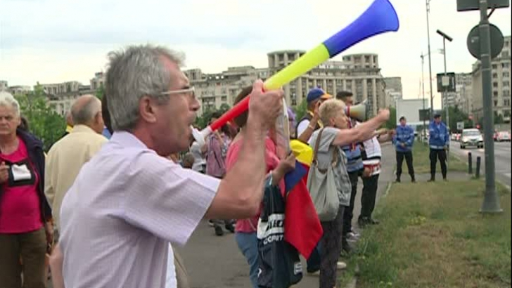 Protest in fata Parlamentului
