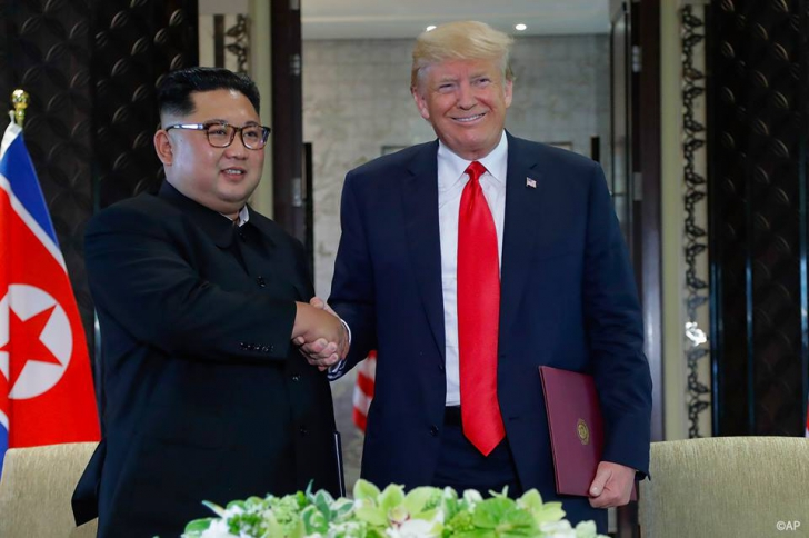 Donald Trump și Kim Jong-un, summit istoric