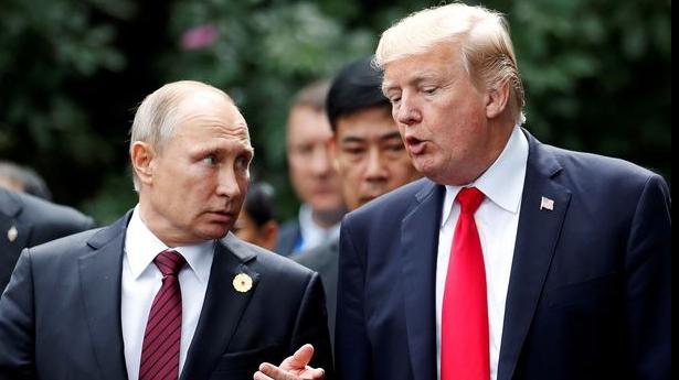 Trump, criticat că merge nepregătit la întâlnirea cu Putin