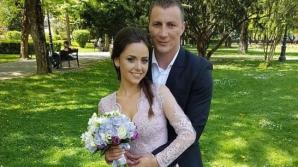 Ceartă online între soţii Godină pe tema protestelor. Cine a câştigat disputa de pe Facebook