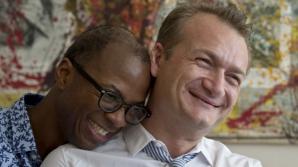 Cuplu gay, victorie la CCR. Avocat: Decizia de azi a recunoscut caracterul de soţi al celor doi
