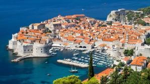 MAE: Atenţionare de călătorie în Muntenegru: restricţii de circulaţie în perioada iulie - septembrie