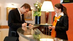 O recepţioneră de hotel face dezvăluiri şocante! Ce fac angajatele fără ca turiştii să ştie