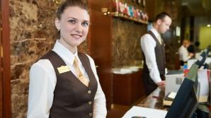 O recepţioneră de hotel face dezvăluiri şocante: Turiştii nu ar fi trebuit să afle niciodată asta!