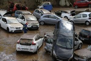 DEZASTRU în Grecia. După incendii, inundaţiile lovesc Atena