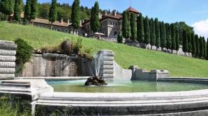 Un angajat al Castelului Cantacuzino s-a înecat în fântâna arteziană din curtea palatului