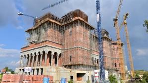 Rectificare bugetară: Primăria alocă încă 10 milioane de lei pentru Catedrala Mântuirii