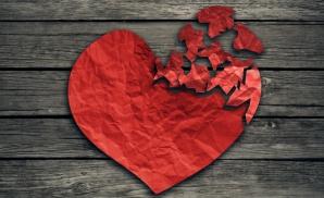 3 cupluri din zodiac care se clădesc pe suferinţa altora