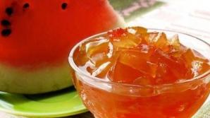 Cum să faci dulceaţă din coajă de pepene. Reţetă delicioasă, din patru ingrediente simple