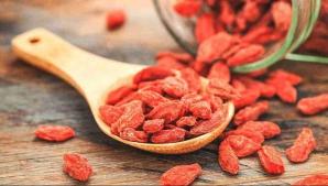 Adevărul despre fructele de goji. Ce sunt, de fapt, Mai mănânci?