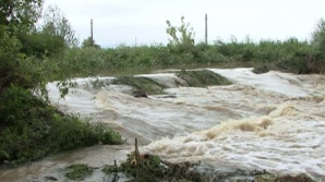 COD PORTOCALIU de inundaţii pe râuri din 8 judeţe