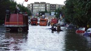 Din nou dezastru în România! Zece judeţe sunt afectate de ploile abundente. Pompierii intervin