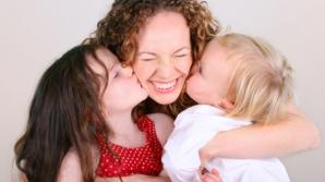Vârsta de pensionare, redusă pentru mamele care au mai mulţi copii - proiect