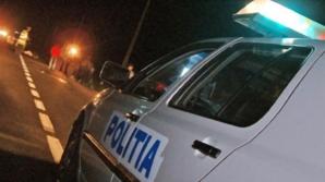 Polițist acroșat de o autoutilitară, la Filiași