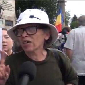 Proteste la Cotroceni. Câteva sute de oameni au ieşit în stradă