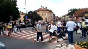 Braşov: Protest cu blocarea intersecţiilor mari din municipiu timp de mai multe ore