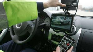 Proiectul care prevede că maşinile de poliţie cu radar trebuie presemnalizate - votat pe articole
