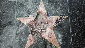 Steaua lui Donald Trump de pe Aleea Vedetelor din Hollywood a fost distrusă