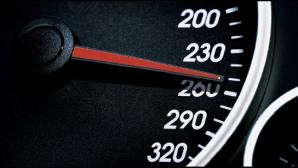 """Bancul """"zburai prea jos"""", realitate în România. Cu ce viteză au fost prinşi şoferii pe autostradă"""