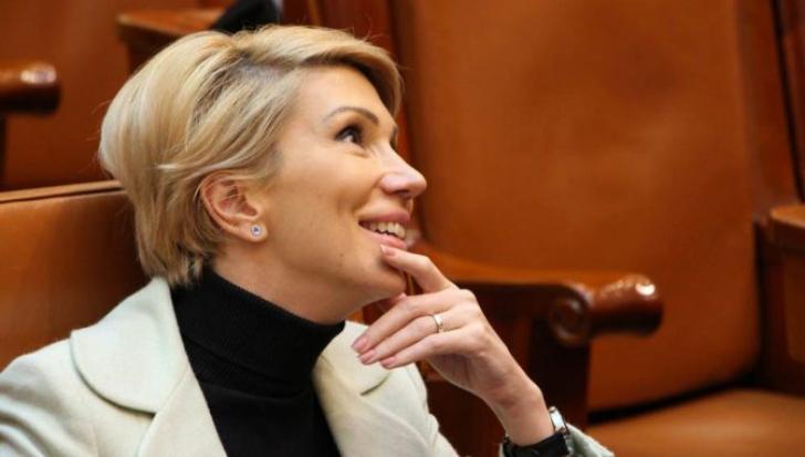 Turcan: Preşedintele Iohannis a respectat Constituţia, PSD o sfidează în continuare