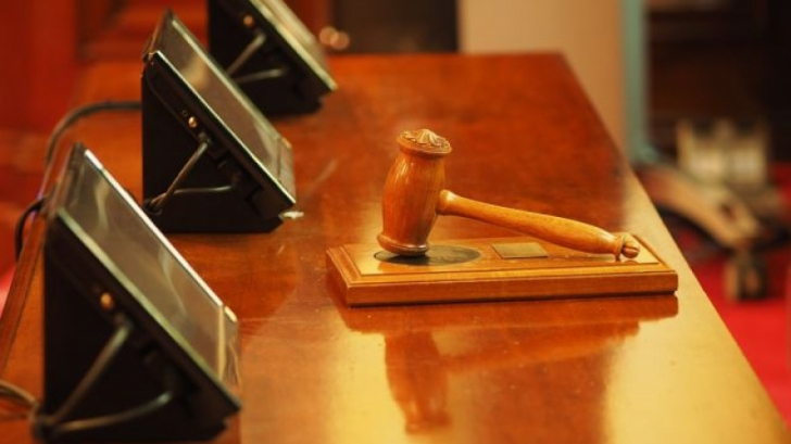 CCR discută sesizarea lui Iohannis asupra modificărilor aduse Legii privind organizarea judiciară